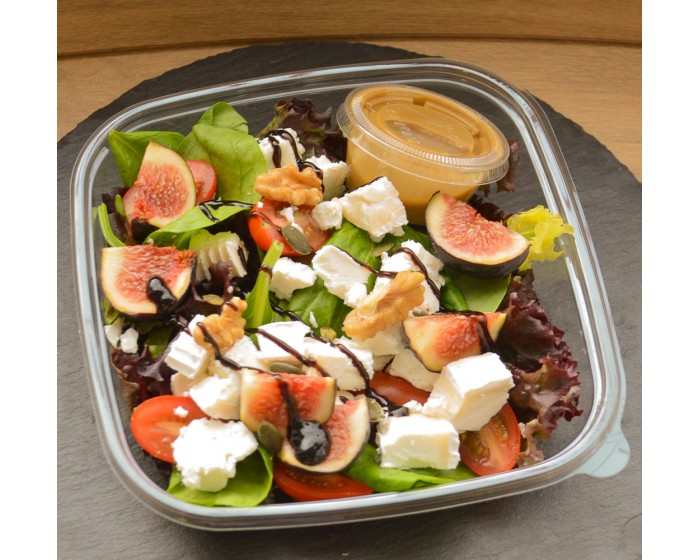 Figs, Walnuts and goat cheese salad